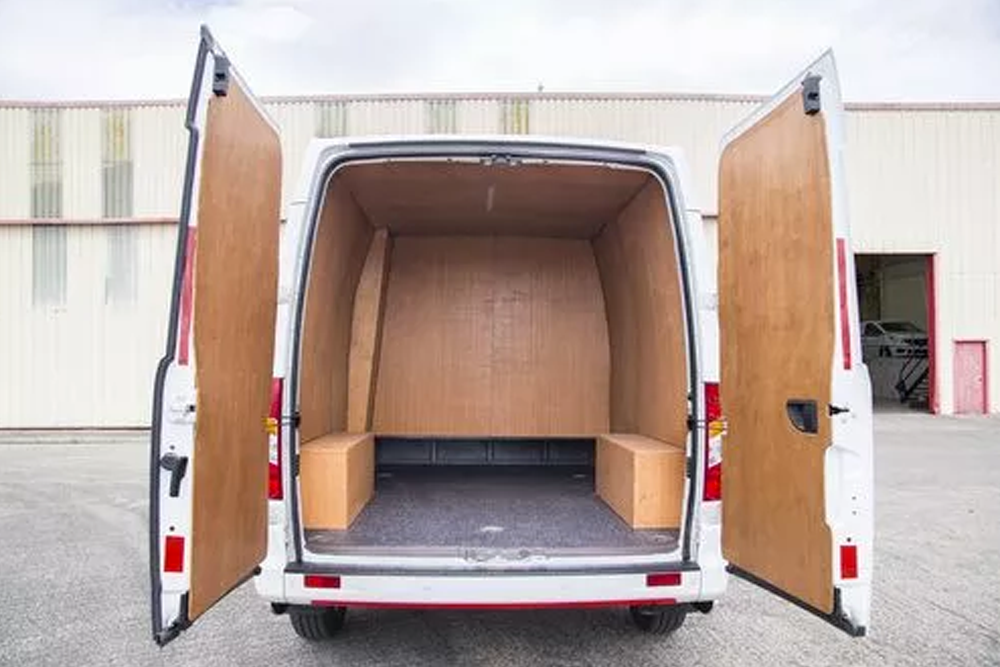 ldv-v80-crew-cab-rear-storage